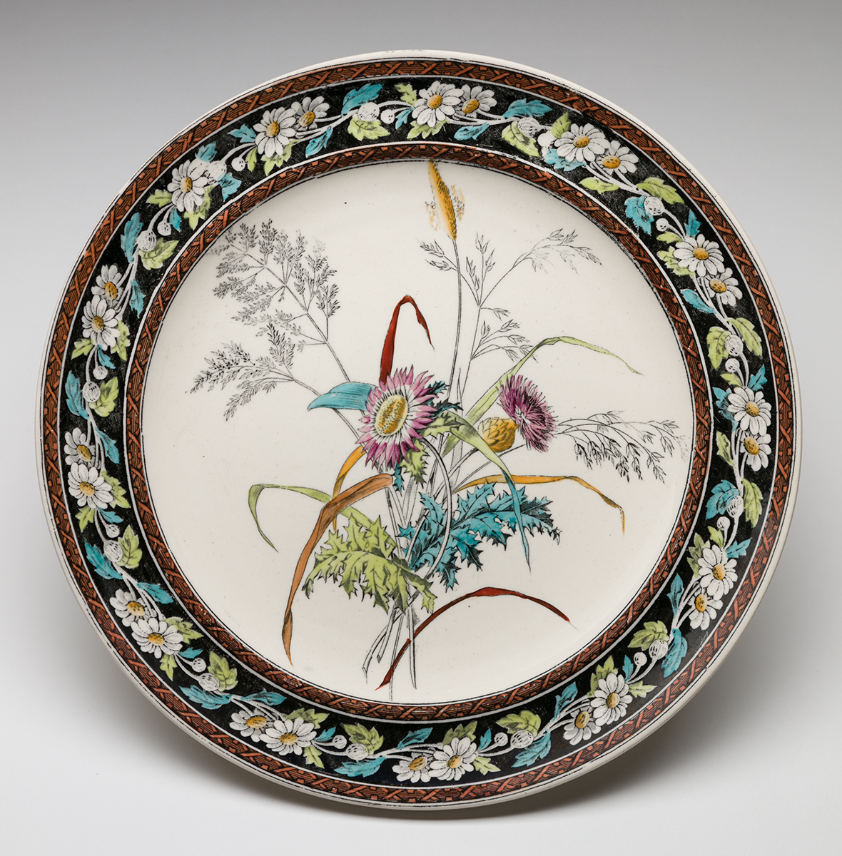 Daisy and Grass Plate